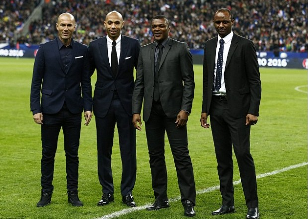 Zinedine Zidane with Thierry Henry, Marcel Desailly and Patrick Vieira