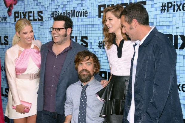 Adam Sandler, Peter Dinklage, Michelle Monaghan, Josh Gad and Ashley Benson at event of Pixels