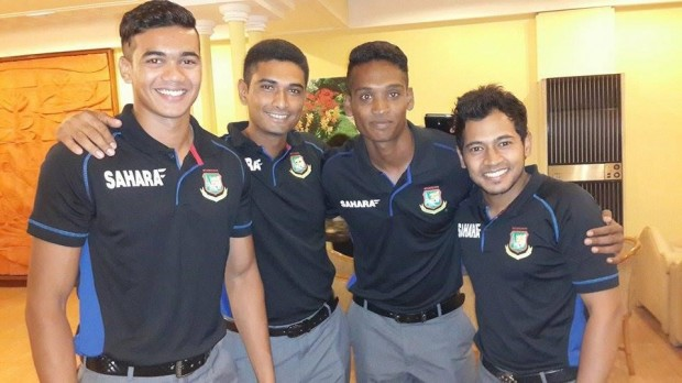 Al Amin Hossain With Teammates