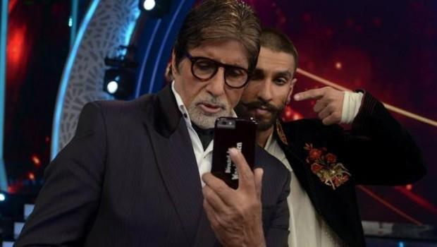 Ranveer Singh posing for selfie with Amitabh Bachchan