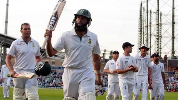 Hashim Amla is the First South African Cricketer to Score a Triple Hundred in International Tests