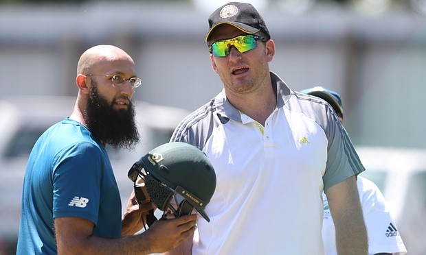 Graeme Smith and Amla in practice