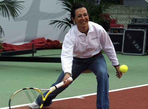 Ana Patricia Botin Playing Tennis