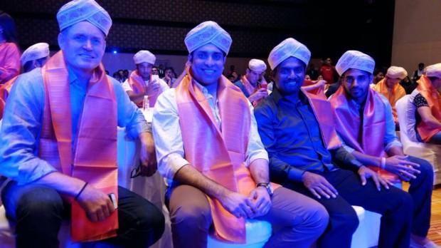 Bhuvi with cricket legends Muralitharan, VVS Laxman and SRH coach Tom Moddy