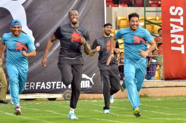 Yuvraj Singh and Harbhajan Singh Running Along with Jamica Sprint Runner Usain Bolt