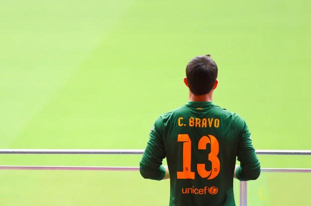 Claudio Bravo in a stadium