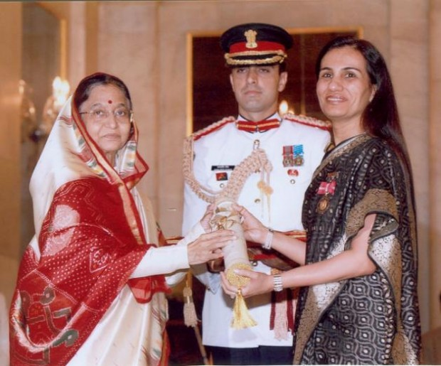 Chanda Kochhar receiving the Padma Bhushan