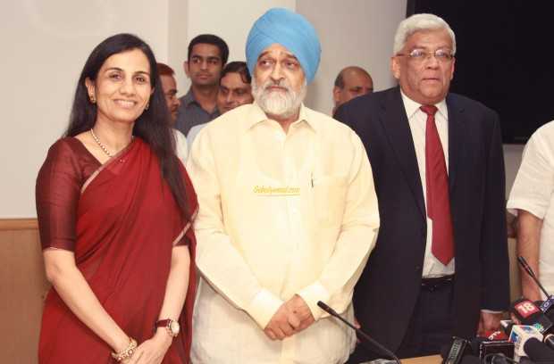 Chanda Kochhar With Montek Singh Ahluwalia and Deepak Parekh
