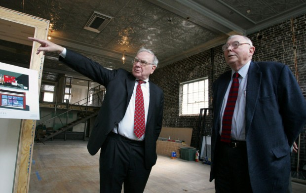 Warren Buggett with Charlie Munger