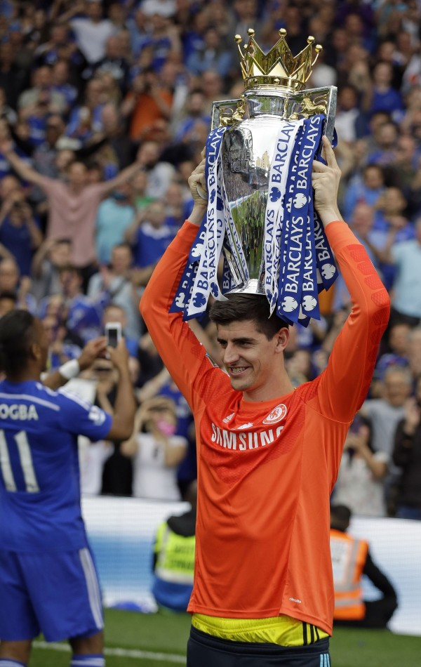 Thibaut Courtois with Premier League trophy