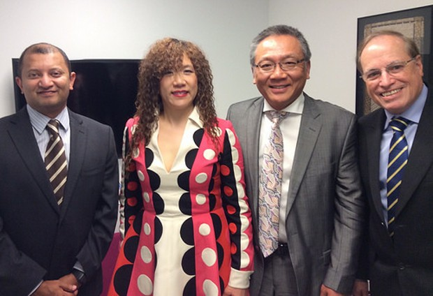 Weili Dai With Marvell's IR director Sukhi Nagesh, CEO Sehat Sutardja and CFO Mike Rashkin