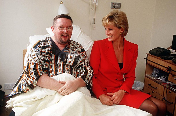 Princess Diana with a patient at London Lighthouse