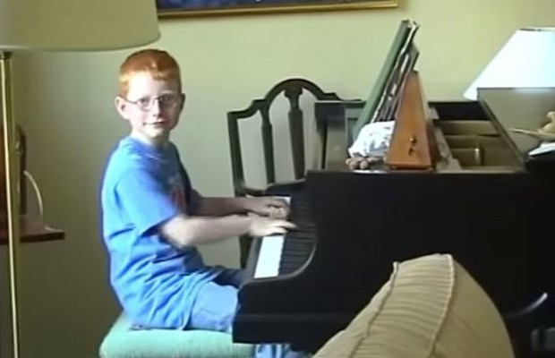 Sheeran Playing Piano