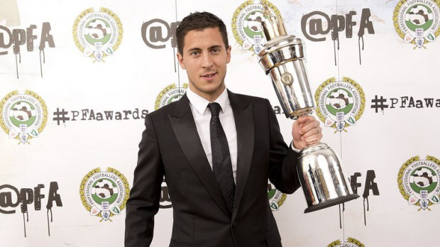 Eden Hazard with PFA Player of the Year Award