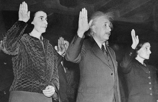 Einstein taking oath as US Citizen