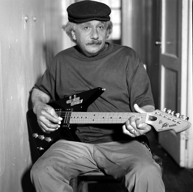 Einstein playing guitar