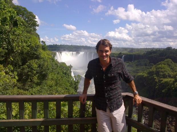 Federer at Iguassu falls