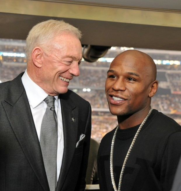 Floyd Mayweather with Jerry Jones
