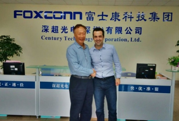 Hugo Barra with Foxconn CEO Terry Gou