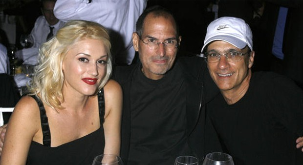 Gwen Stefani and Jimmy Lovine with Steve Jobs