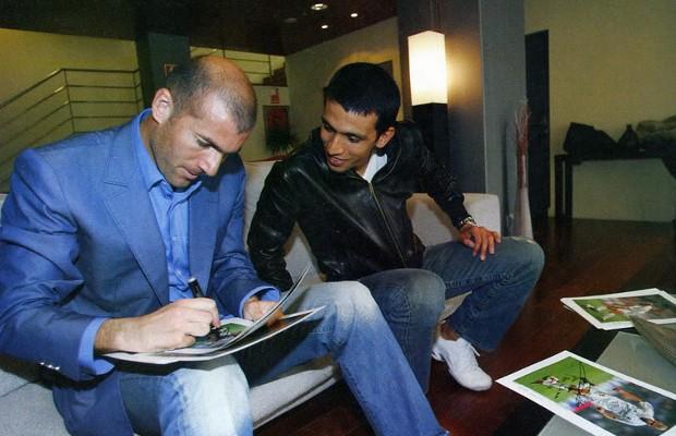 Hicham El Guerrouj with Zidane
