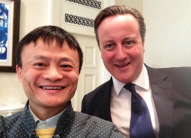 Jack Ma Taking Selfie with UK Prime Minister David Cameron