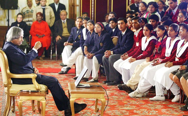 Abdul Kalam Speaking to Students at Presidential Palace