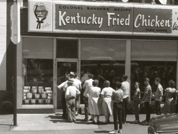 People waiting outside of KFC in 1952