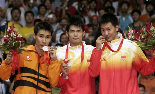 Lee Chong with other Olympic Medal Winners