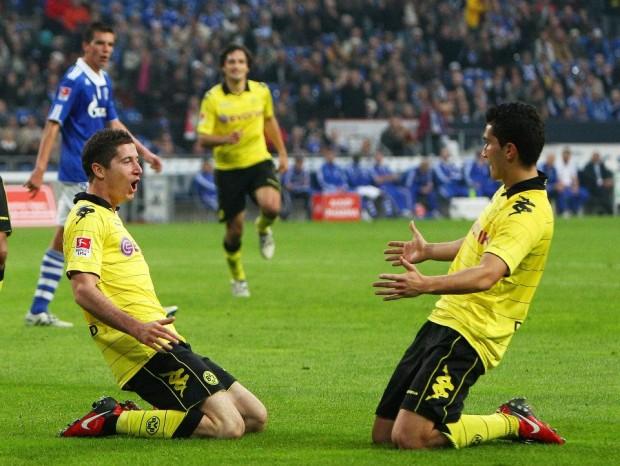 Lewandowski celebrating his goal