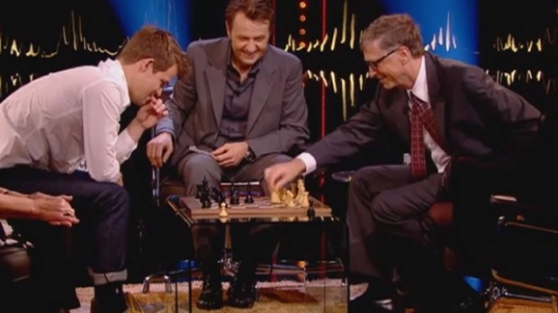 Microsoft co-founder Bill Gates playing chess with Magnus Carlsen