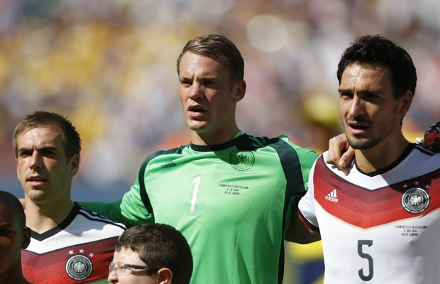 Manuel Neuer with Philipp Lahm and Mats Hummels