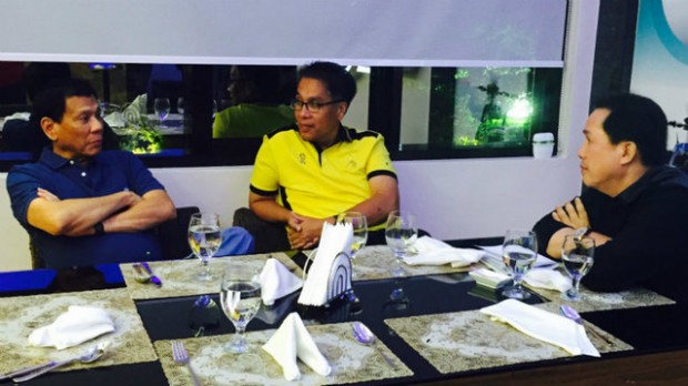 Rodrigo Duterte with Mar Roxas and Apollo