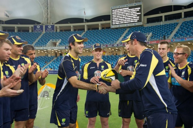 David Hussy giving t20 debut cap to Maxwell