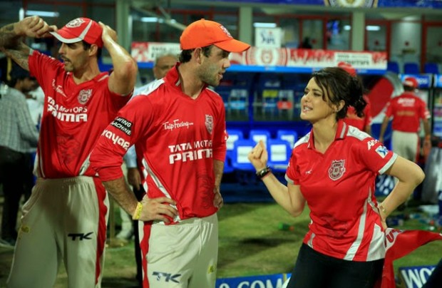 Maxwell with KingsXI Punjab Owner Preity Zinta