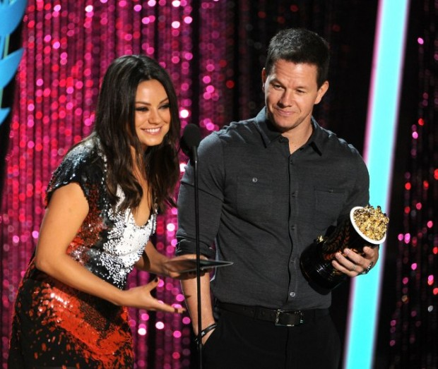 Mark Wahlberg and Mila Kunis at event of 2012 MTV Movie Awards