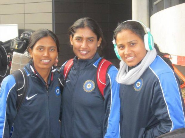 Mithali Raj With Teammates