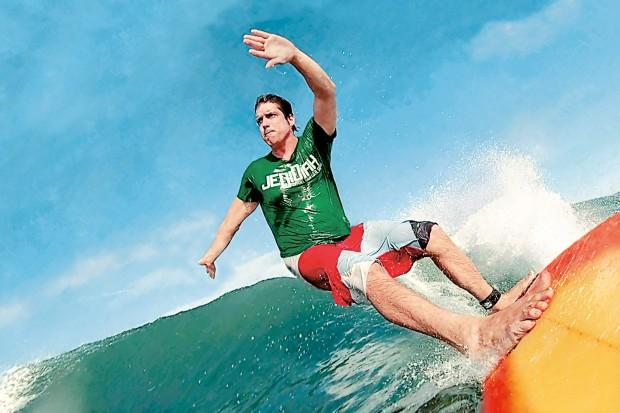 Nicholas Woodman Surfing