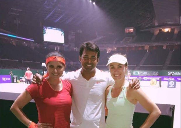 Leander Paes with Sania Mirza and Martina Hingis