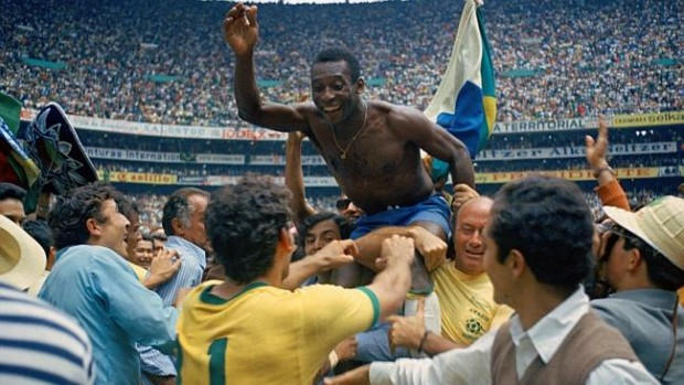 Pele carried away with teammates after Brazil winning Worldcup in Mexico