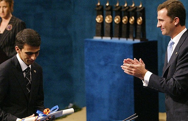 Hicham El Guerrouj receives the Sports Prince of Asturias Award from Spain's Prince of Asturias Felipe de Borbon