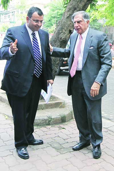 R.Tata along with Deputy Chairman Cyrus Mistry