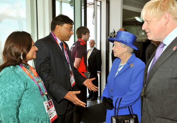 Mittal With Queen Elizabeth II at Olympic Park