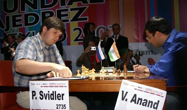 Viswanathan Anand Playing Against Peter Svidler in 2007