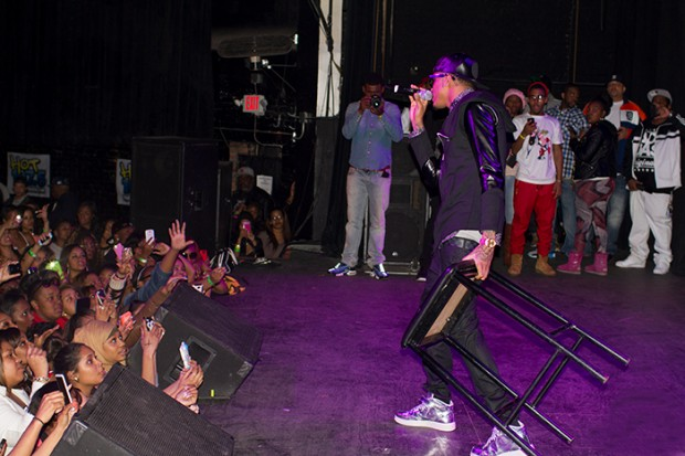 August Alsina Performing in a Concert at Detroit