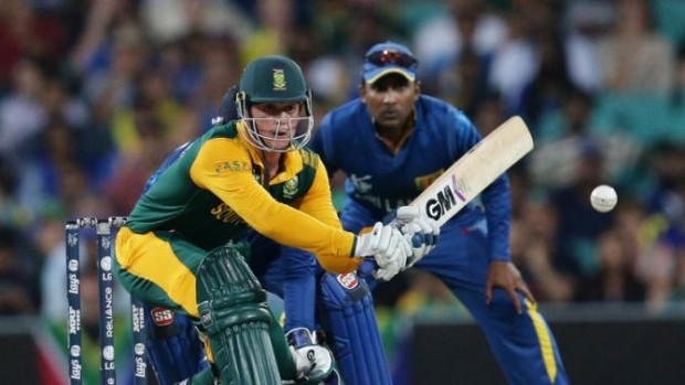 Quinton De Kock Looks To Play a Sweep Shot