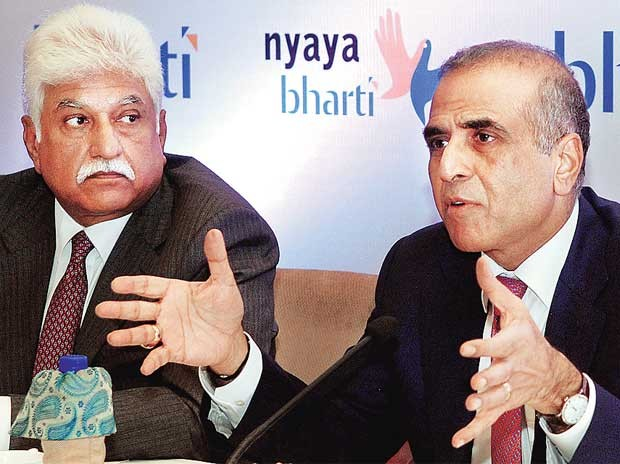 Sunil Mittal with Bharti Mobile MD Rakesh