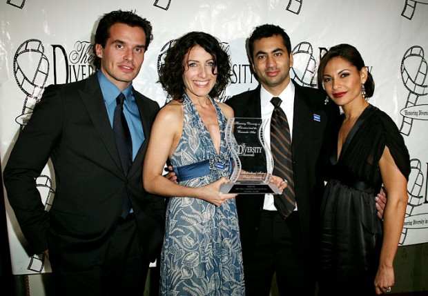 Kal Penn stands with his House castmate Linda Edlestein, as well as Antonio Sabato, Jr. and Salli Richardson