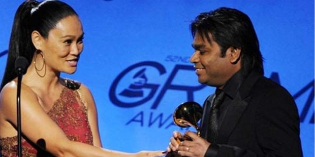 Rahman Receiving Grammy Award