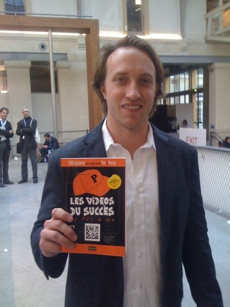 Chad Meredith with Les Videos Du Success Book